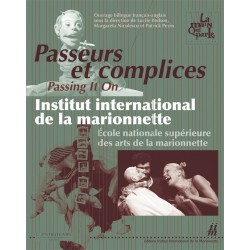 Couverture Passeurs et complices / Passing It On